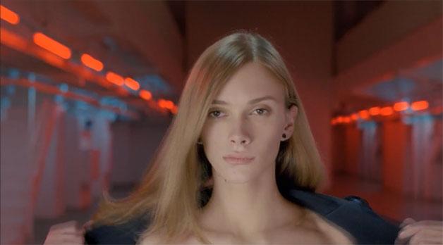 toyota-auris-transgender-ad.jpg (27 KB)