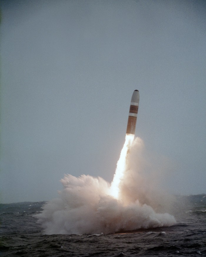 Trident_missile_launch.jpg (4 MB)