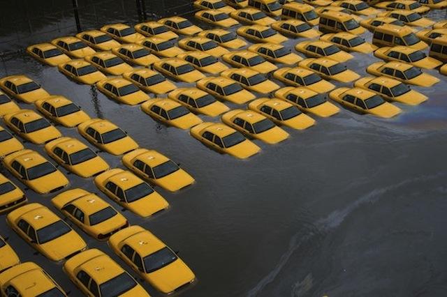 Cabs-under-water.jpg (102 KB)