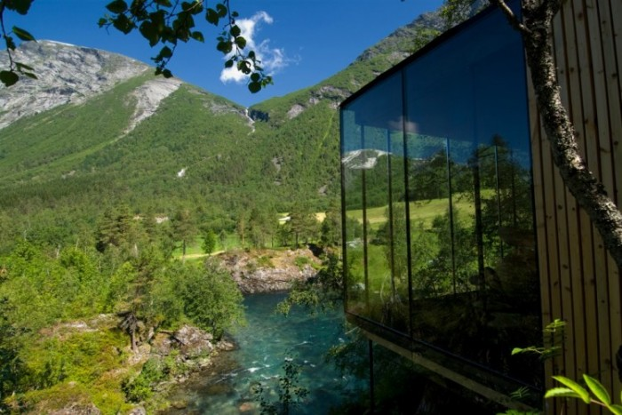 Juvet-Landscape-Hotel-51-750x501.jpg (123 KB)