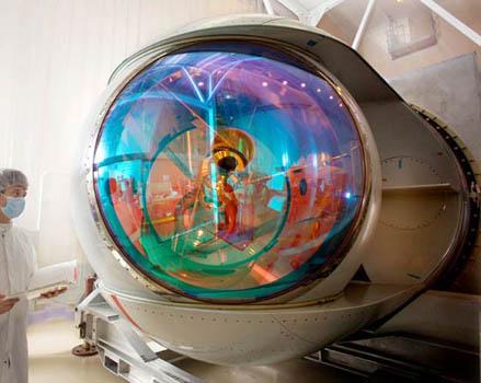 laserturret00.jpg (36 KB)