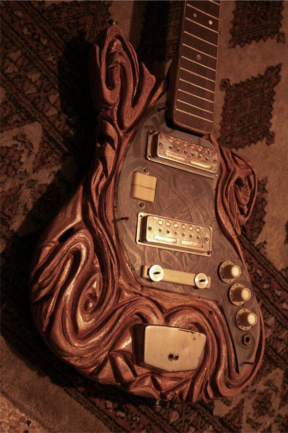 guitar-celtic.jpg (552 KB)