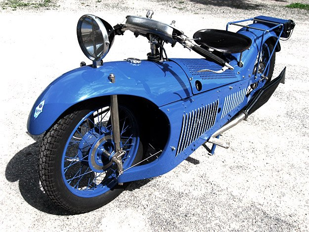 1929 Majestic 1929 Majestic Motorcycle cool blue