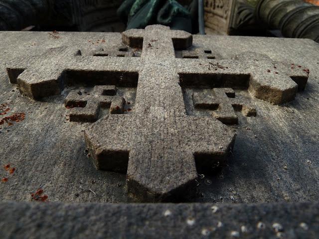 Swastika-Jesus-Church.jpeg (112 KB)