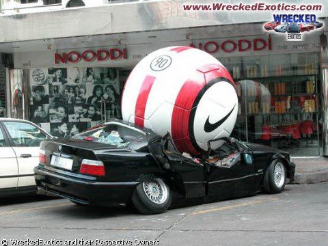 522246 529570290406037 1431662821 n SCORE! Nike funny ball