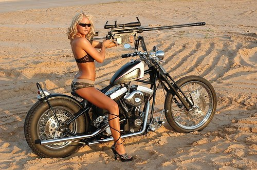 527551 287105941406552 1139400756 n Gunner Motorcycle gun girl
