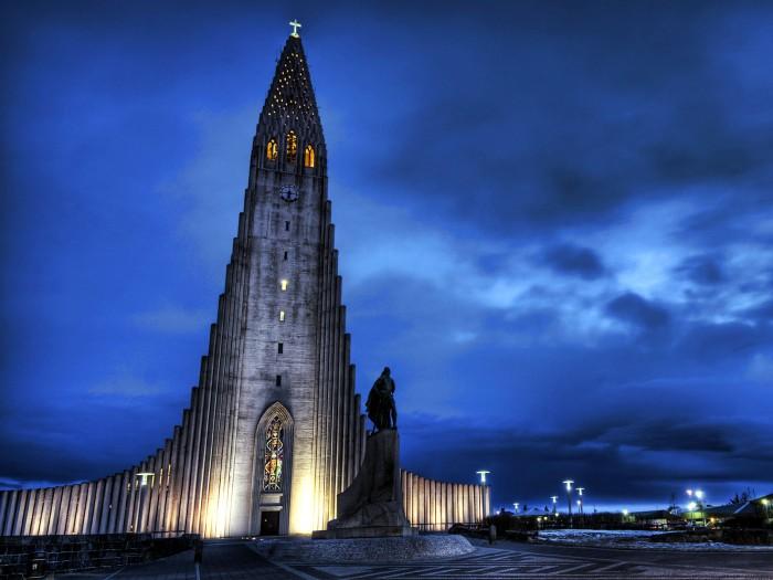 Iceland..jpg (222 KB)