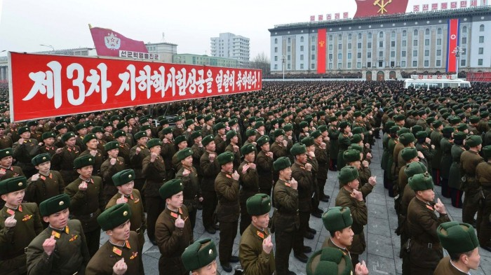 n_korean_soldiers.jpg (374 KB)