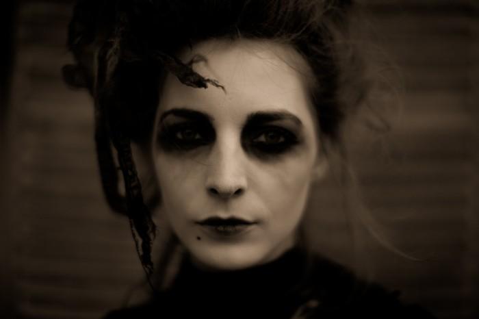 black_widow.jpg (360 KB)