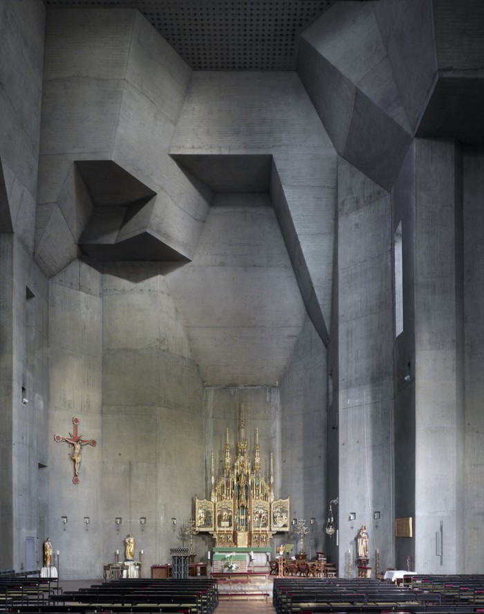Church.jpg (585 KB)