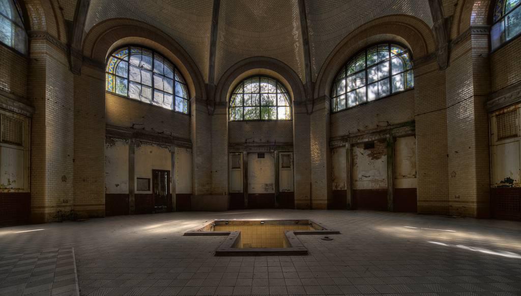 Beelitz-Heilstätten-sanatorium-urbex-berlin-germany-18.jpg