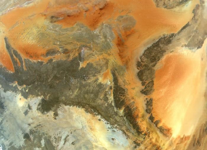 central_sahara_lrg.jpg (874 KB)