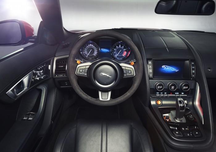Jaguar-F-Type-cockpit.jpg (1 MB)
