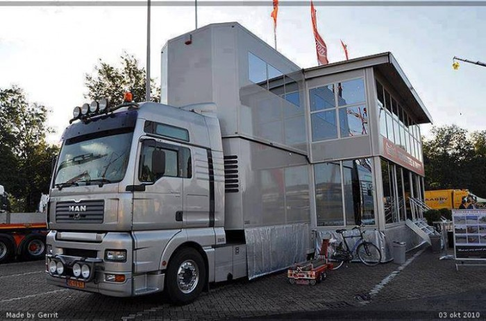 New Or Used Fifth Wheel Campers For Sale Camping World >> BIG Bus | MyConfinedSpace