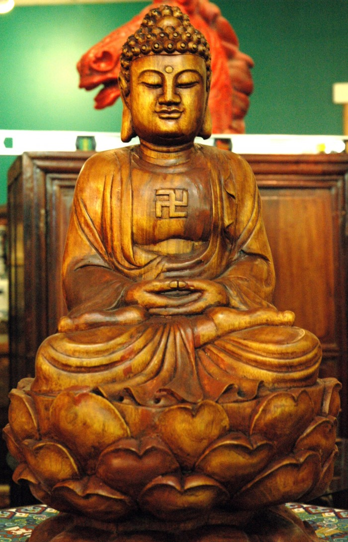 buddha-swastika-redmond-washington.jpg (1007 KB)