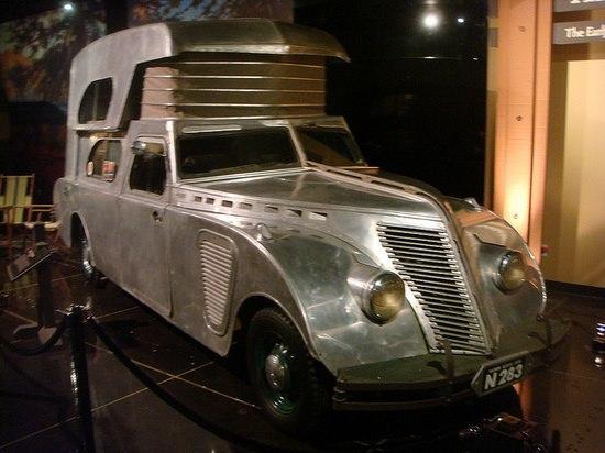 camper-1934-Thompson-Housecar.jpg (48 KB)