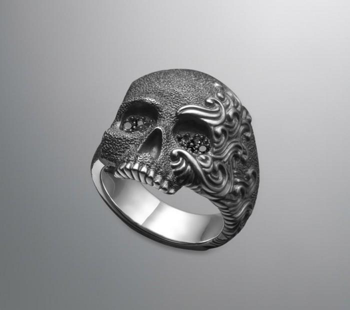skull-ring-2.jpg (44 KB)