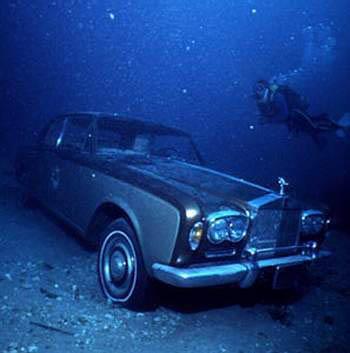 under water 270977 485045858208965 1646249312 n Under Water water skin diving interesting diving
