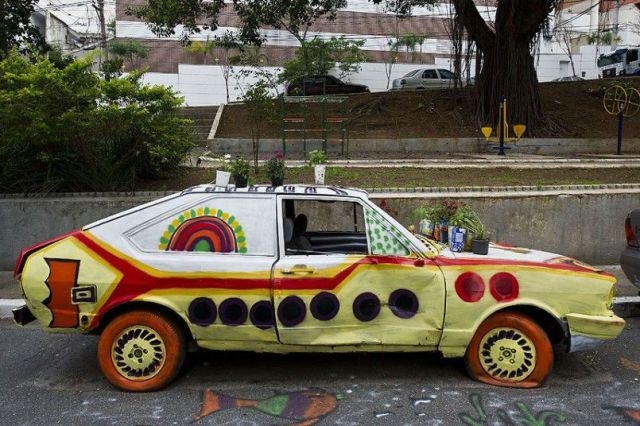 yellow sub 01 Yellow Submarine Yellow Submarine water sports The Beatles interesting Cars car awesome automobile art car