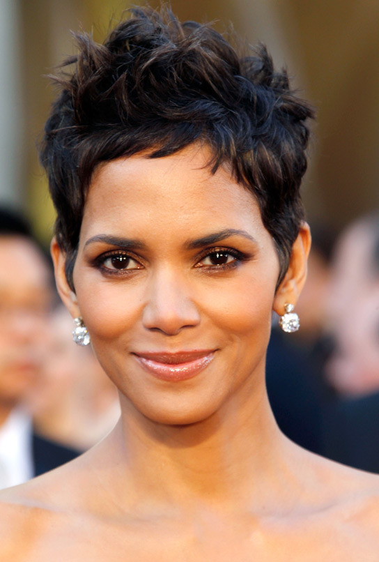 Halle-Berry-Biography.jpg (106 KB)