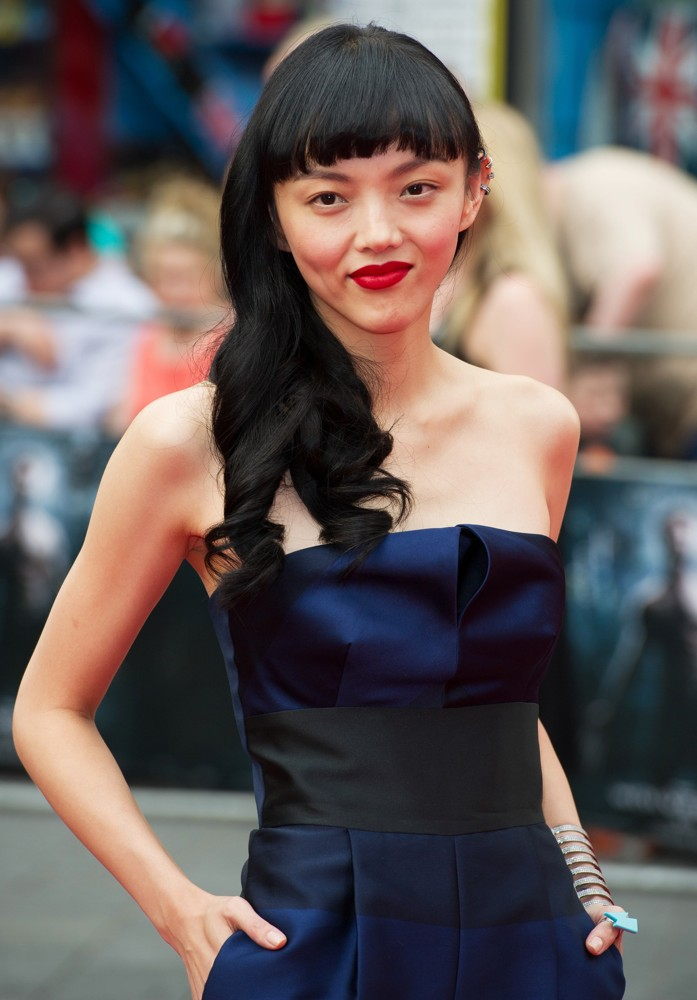 rila-fukushima-uk-premiere-the-wolverine-03.jpg (108 KB)