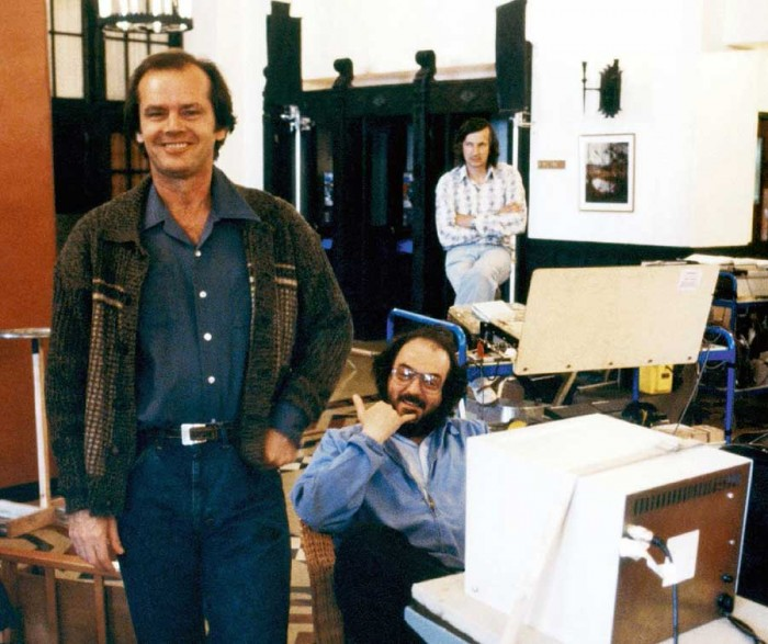 jack-nicholson-and-stanley-kubrick-on-the-set-of-the-shining.jpg (72 KB)