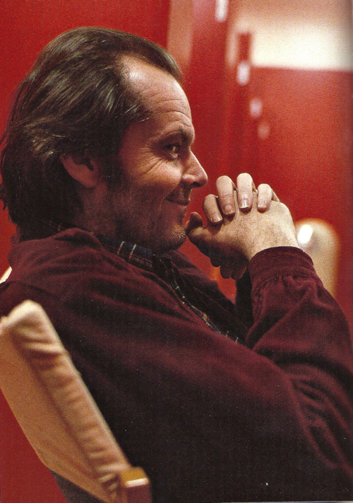 thisisnotporn-jack-nicholson-on-the-set-of-the-shining.jpg (231 KB)
