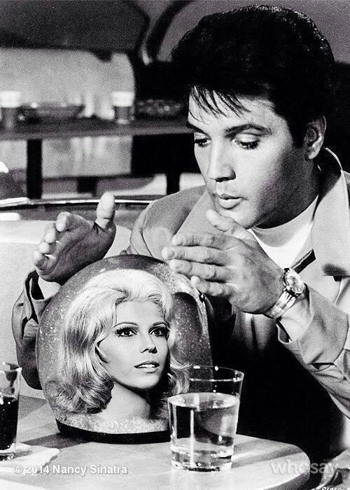Elvis-and-Nancy-Sinatra.jpg (79 KB)