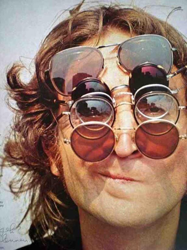 John-Lennon-Glasses.jpg (328 KB)