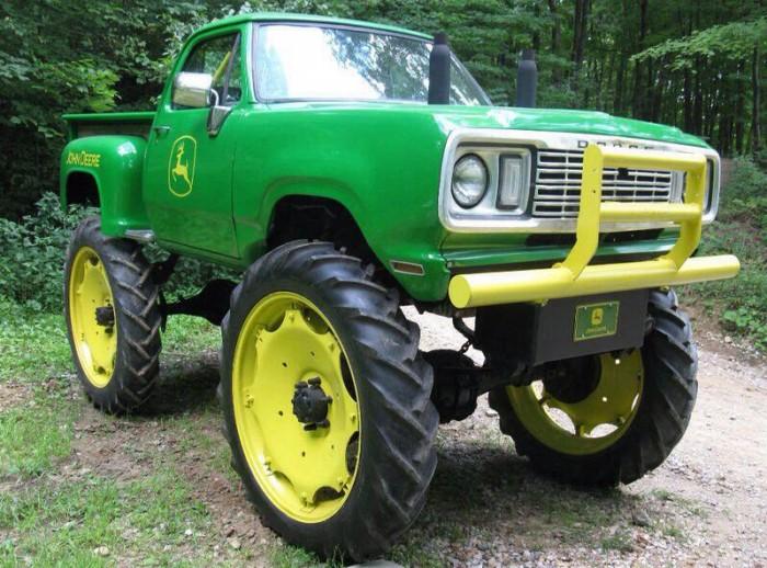 deere 1476403 10202605198589837 258713787 n 700x518 Deere wtf truck tractor Motorcycle interesting Green Deere awesome