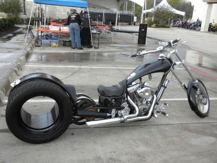 chopper 225349 428435727231492 1056497050 n 700x525 Chopper wtf Motorcycle interesting chopper bikes bike awesome