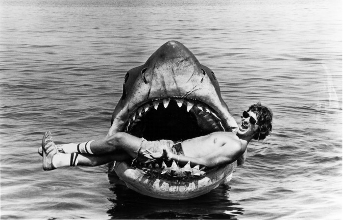 big b26f9b9983532e794c1c80c0270c5a482e9dc237 700x449 Jaws  Wallpaper Steven Spielberg jaws behind the scenes