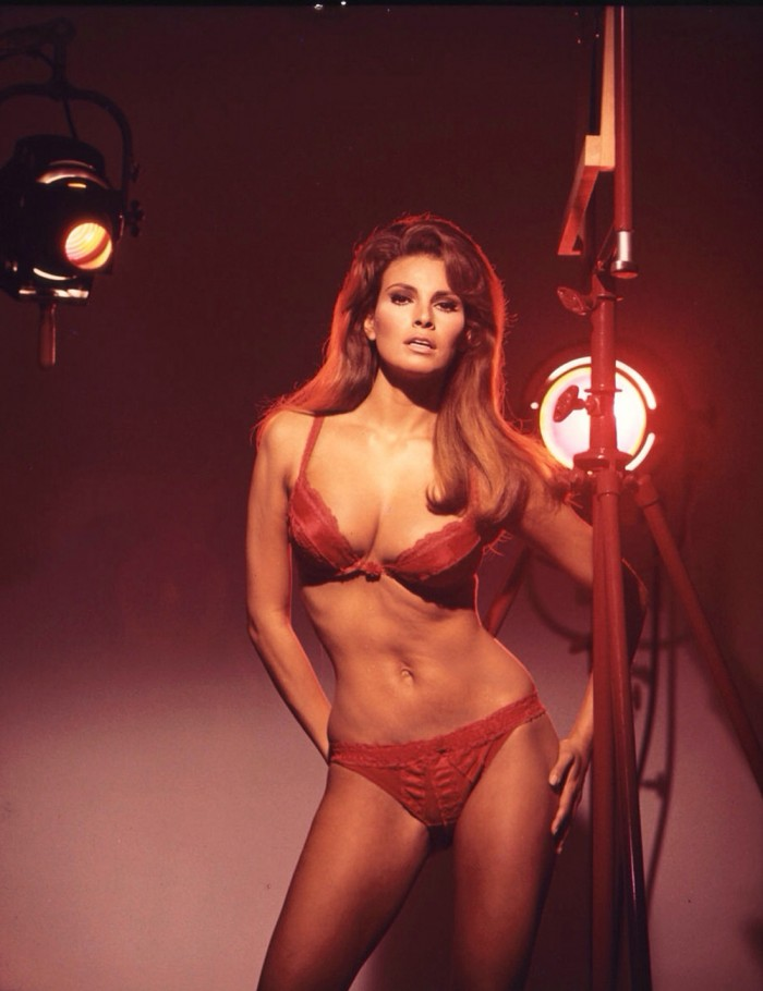 tumblr nd7mknkd0R1speehvo1 1280 700x910  Raquel Welch women Sexy not exactly safe for work