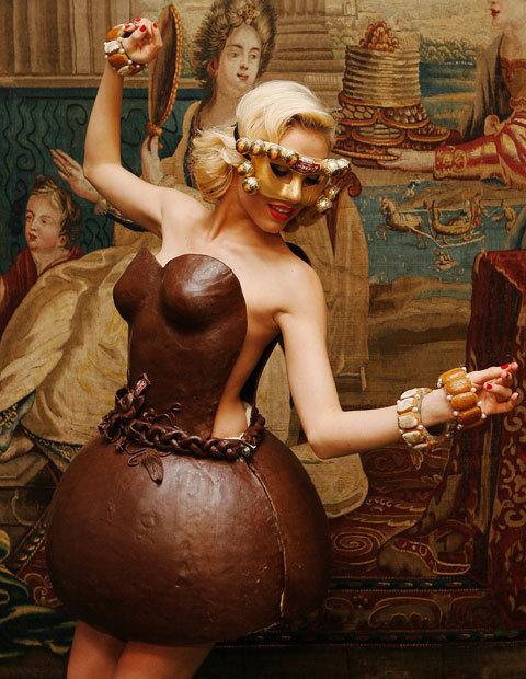 Chocolate-Dress3.jpg (93 KB)