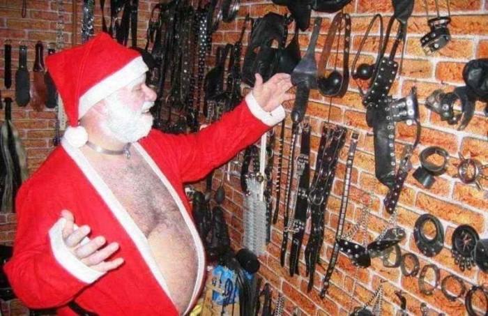 20782 700x453 Dirty Santa Claus Santa Claus NSFW NeSFW funny Christmas