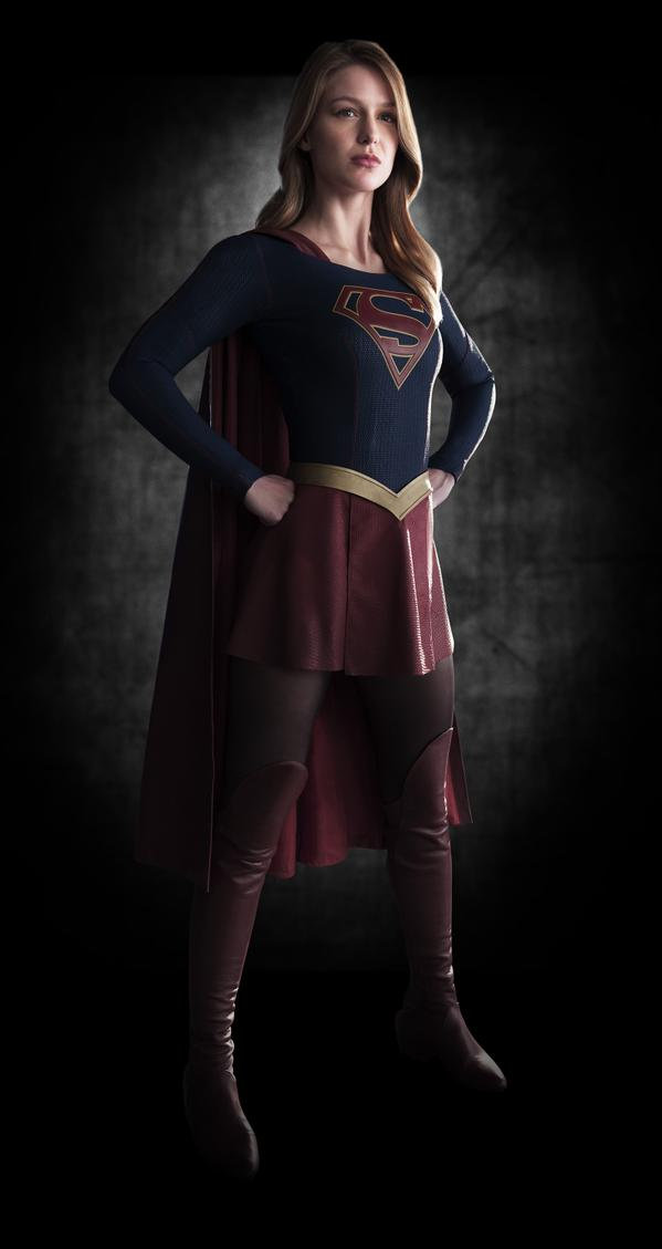 MelissaasSupergirl First pics of Melissa Benoist as Supergirl