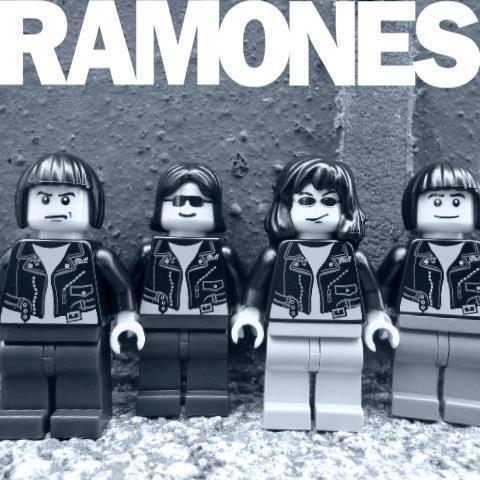 RAMONES.jpg (45 KB)