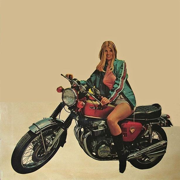 girl_and_motorcycle_02212014_16.jpg (224 KB)