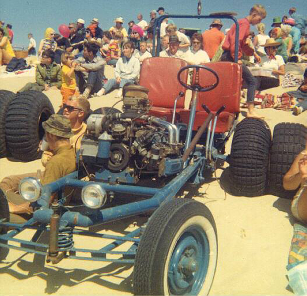 vintage_dune_buggy_002_11202013.jpg (319 KB)