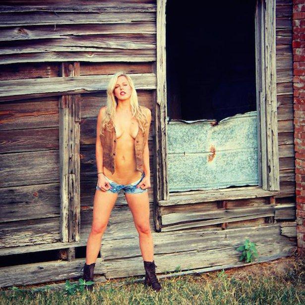Country-Girl-006-10012015.jpg (102 KB)