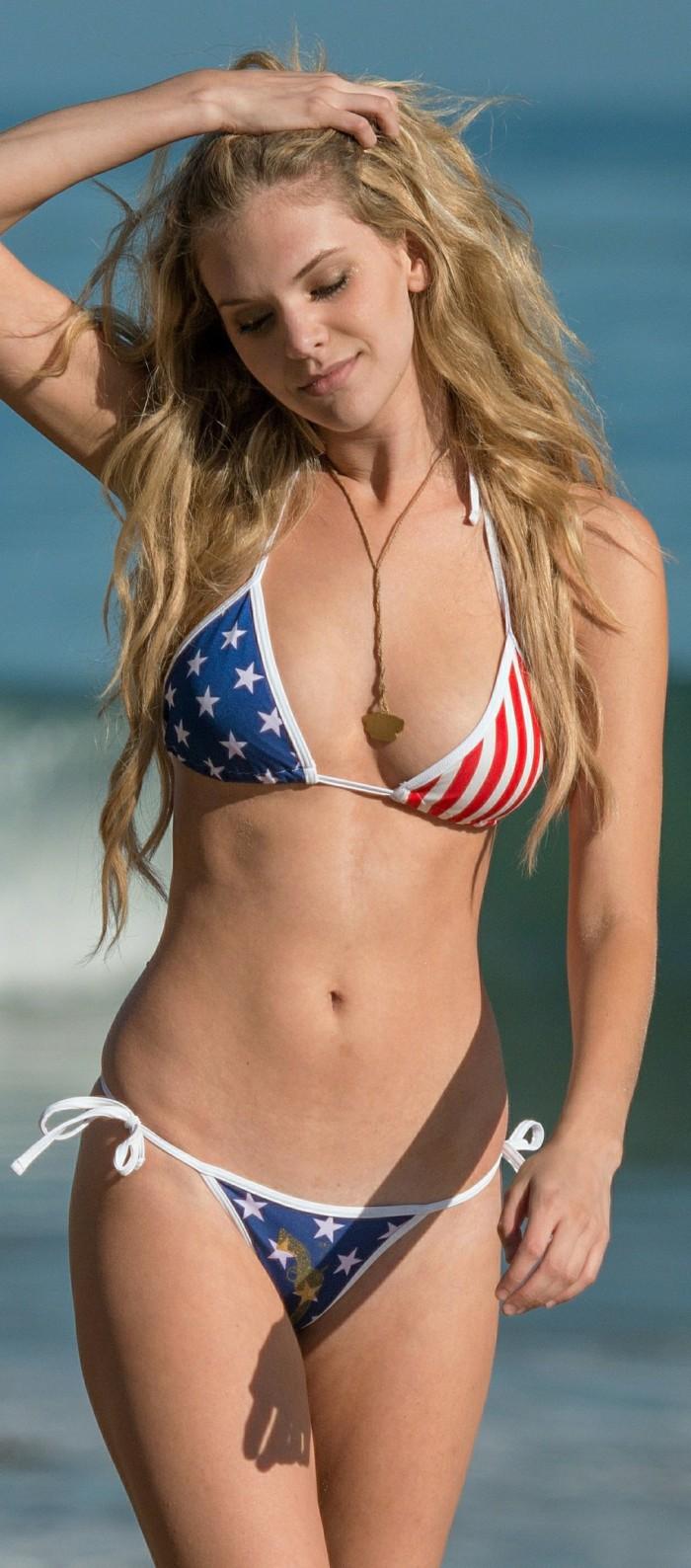 usa-bikinis-021-07042015.jpg (317 KB)
