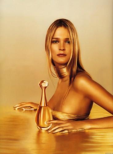 Carmen Kass  Dior dior 421176 1411 1920 367x500 Carman Kass