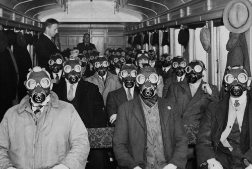 Gas masks on a train.jpg (80 KB)