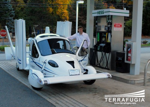 flying-car-Terrafugia.jpg (132 KB)
