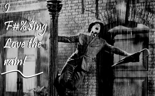 SInging in the Rain 500x312 Gene Kelly Loves It: Wallpaper singing in the rain Movies