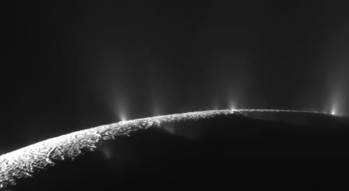 Cassini Flyby Shows Enceladus Venting
