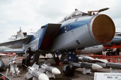 MiG-31_radar.jpg (1 MB)