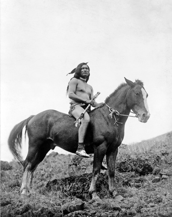Nez_Perce_warrior_on_horse.jpg (926 KB)