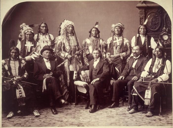 v1i4-oglala-sioux-1880-full.jpg (955 KB)