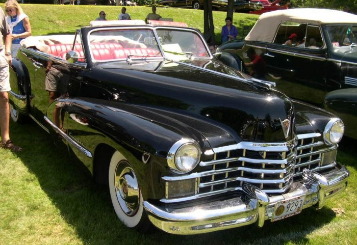 1947_Cadillac_Series_62_Convertible.jpg (124 KB)